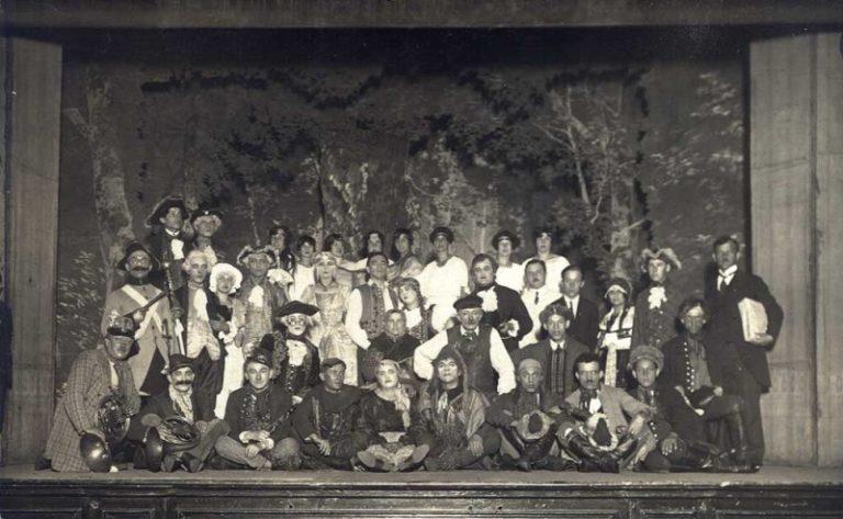 prvni_predstaveni_DKJ_1926